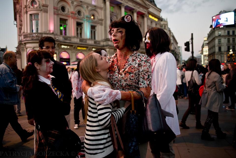 Nie zabrakło też osób o nie do końca zidentyfikowanej płci. Do krainy zombie każdy zostanie przyjęty - bez względu na wygląd, płeć czy preferencje.