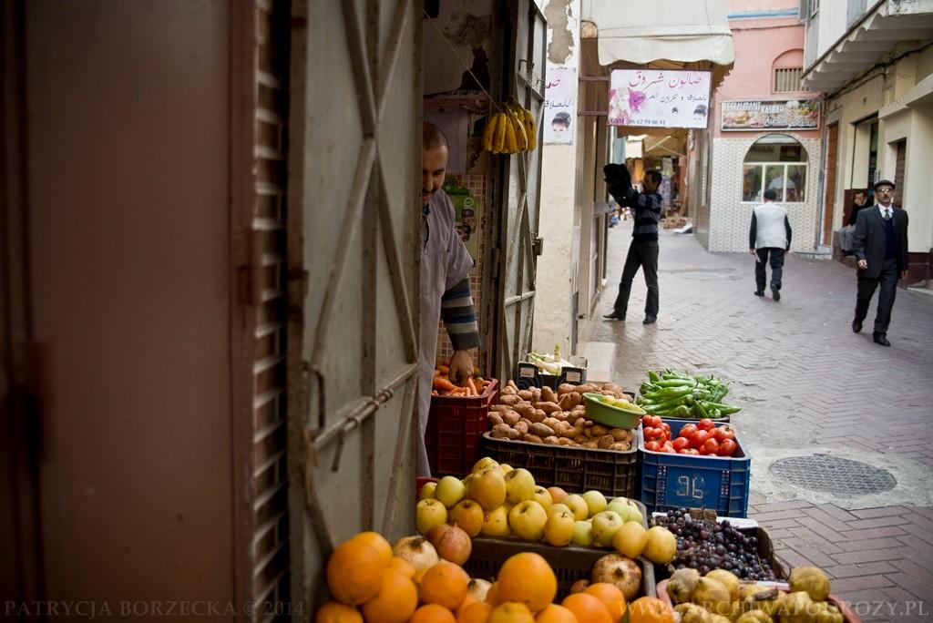 Innym elementem tej kultury są targi. Stoiska ze świeżymi owocami możemy spotkać niemal wszędzie.