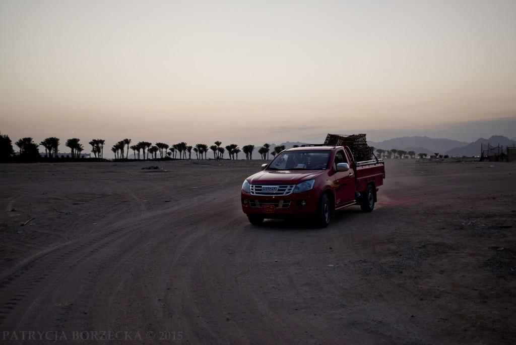 Inne auta w tej części Egiptu są mało praktyczne. Bardzo często trzeba przemieszać się przez pustynię.