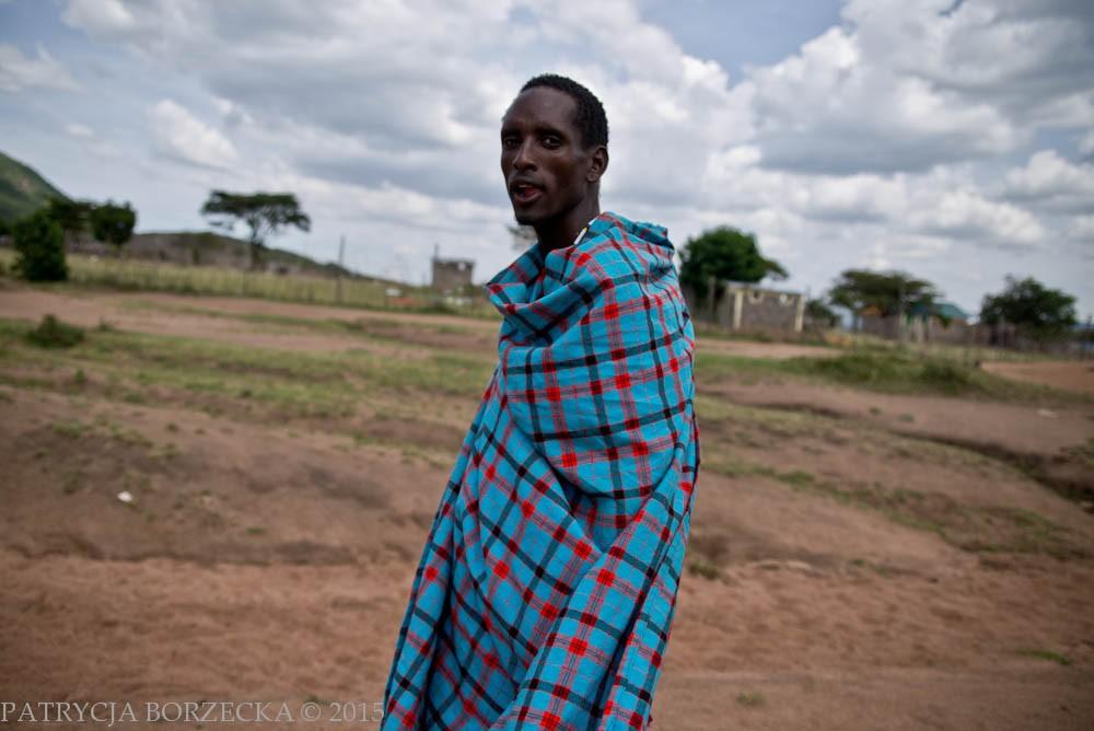 Shuka to zwyczajowa część masajskiego stroju zazwyczaj zawierająca elementy czerwieni. Najprościej mówiąc jest to prostokąt z bawełnianego materiału. Część Masajów w dzisiejszych czasach porzuciło swoje koczownicze życie na rzecz stabilnej pracy, jednak nawet ci Masajowie wciąż noszą tradycyjne okrycie ciała.