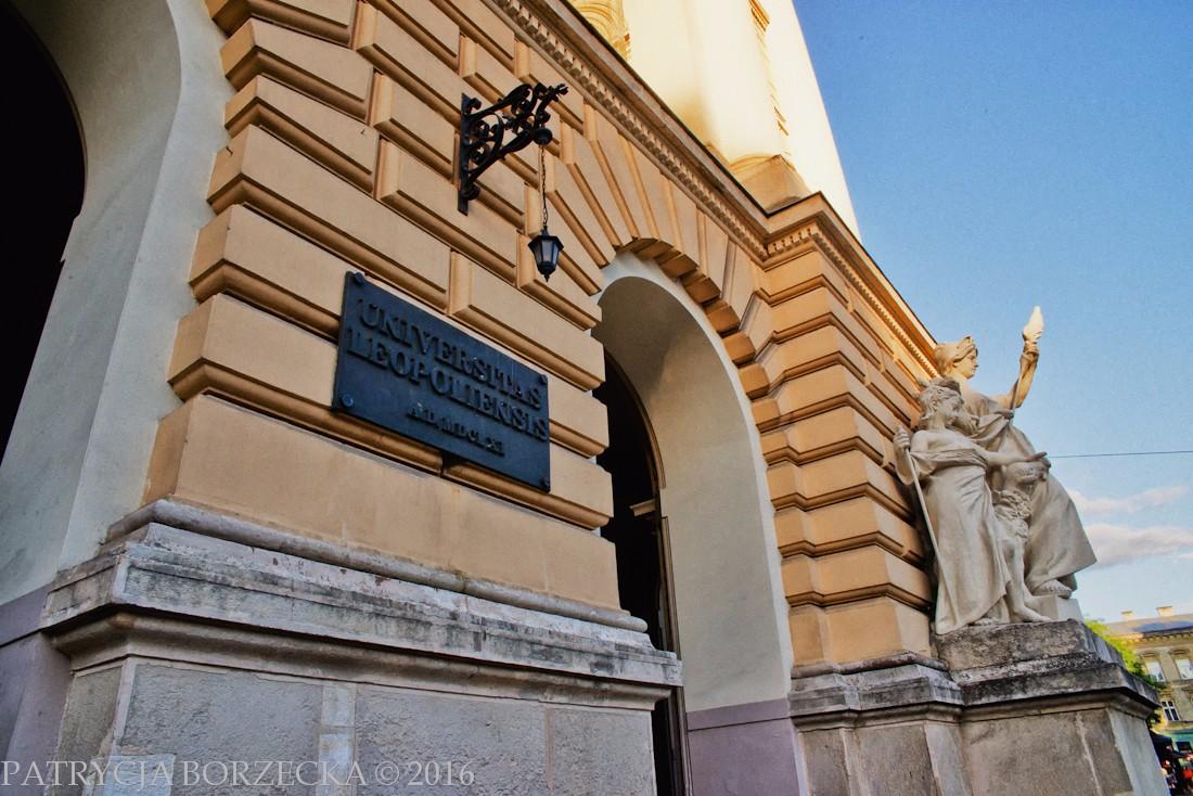 Patrycja-Borzecka-Photo-Lviv-02
